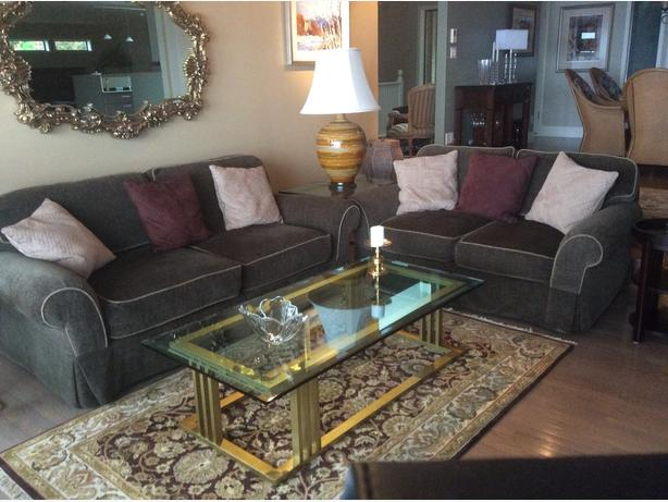 High Quality Sofa And Matching Loveseat North Saanich