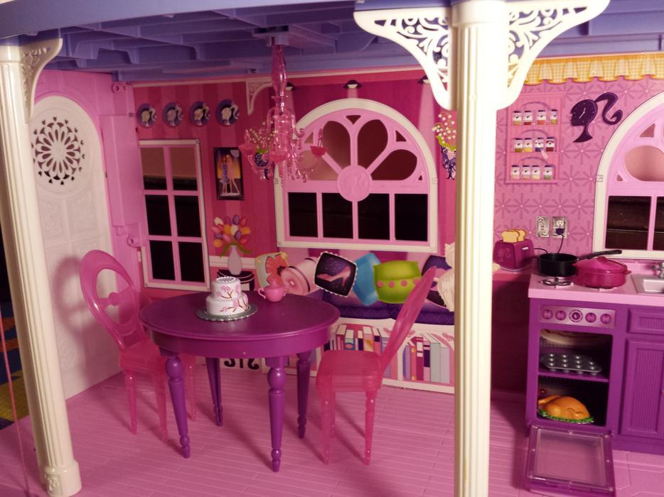 Barbie 3-Story Dream Townhouse / Dollhouse Victoria City ...