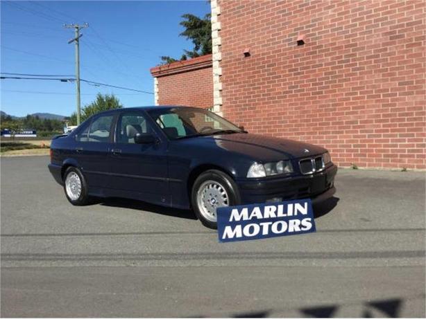1993 BMW 320i 320i