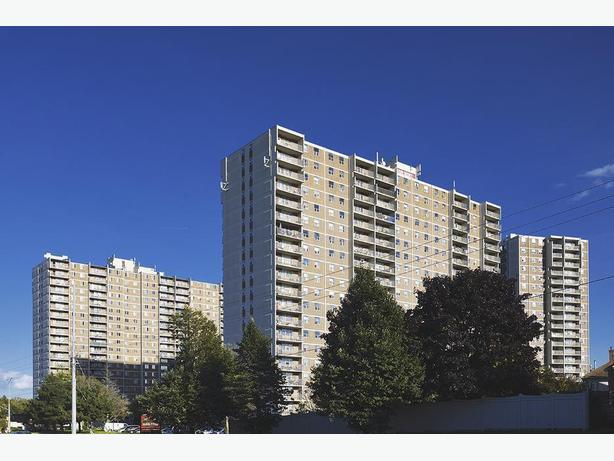 Avail. now Must see  2 bedrooms Whitby Highland Towers Apartments