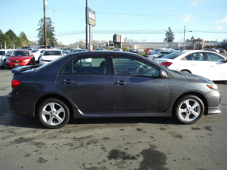 2012 Toyota Corolla S Power Moonroof Accident Free Alloy West Shore Langford Colwood