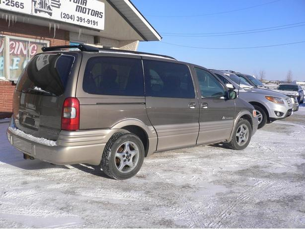 2005 Pontiac Montana Extended 7 Passenger van