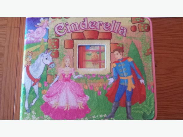 Cinderella Felt Playset Book