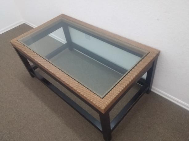 VERY BEAUTIFUL 1/2 INCH TINTED BEVELED TOP WITH SOLID WOODEN STAIND