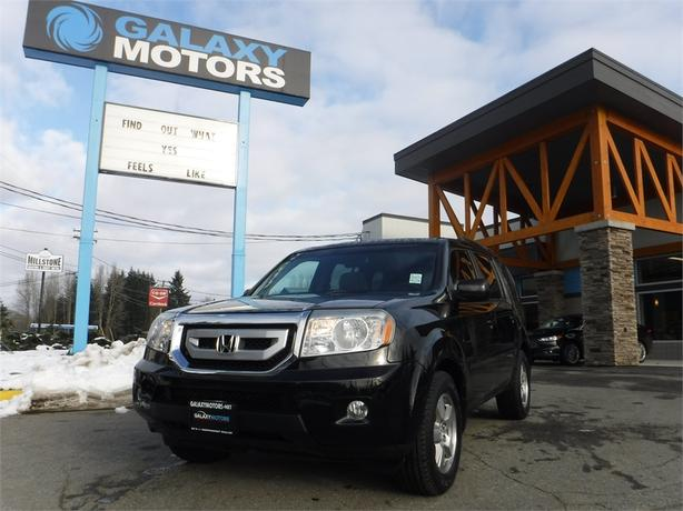 2011 Honda Pilot EX-L - 4WD, 8 Passenger, Leather Interior,
