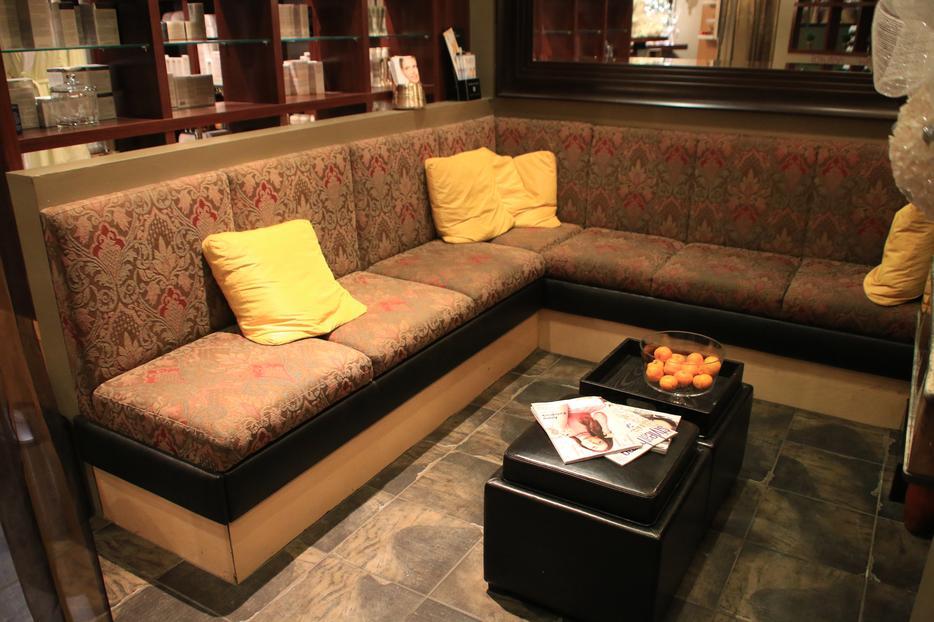 Custom Built Spa Furniture Victoria City Victoria