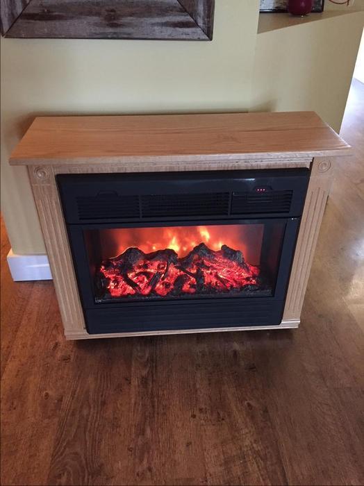 Heat Surge Amish Electric Fireplace Heater In Blond Oak Saanich Victoria