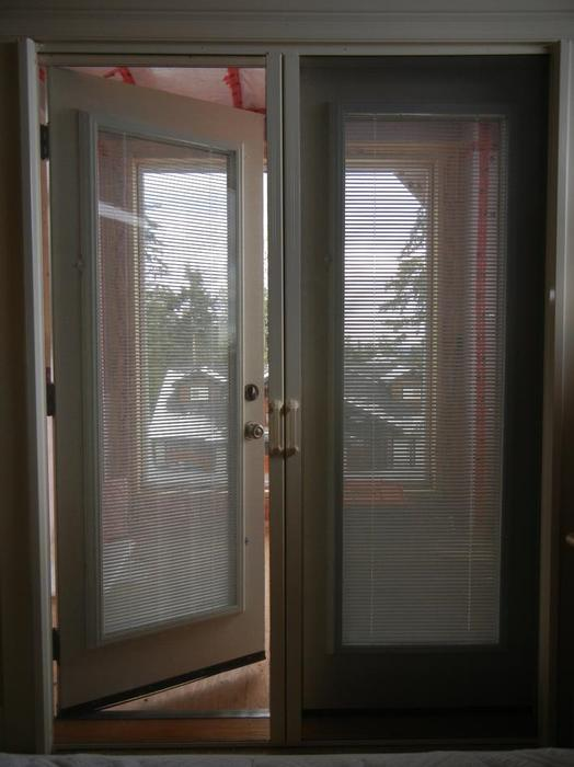 Phantom retractable screen doors north saanich sidney for Phantom sliding screen doors