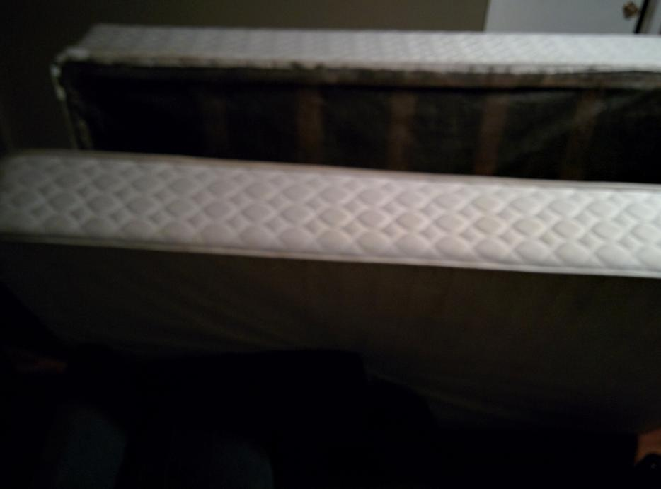 Free 6 Year Old Mattress Boxspring You Must Pick Up