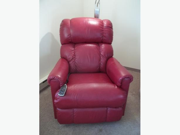 Burgandy Leather Electric Lazy Boy Recliner Victoria City