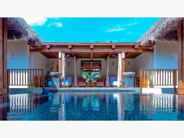 7 nights membership in mexico in 5 star hotel nepean for 5 star mobile salon