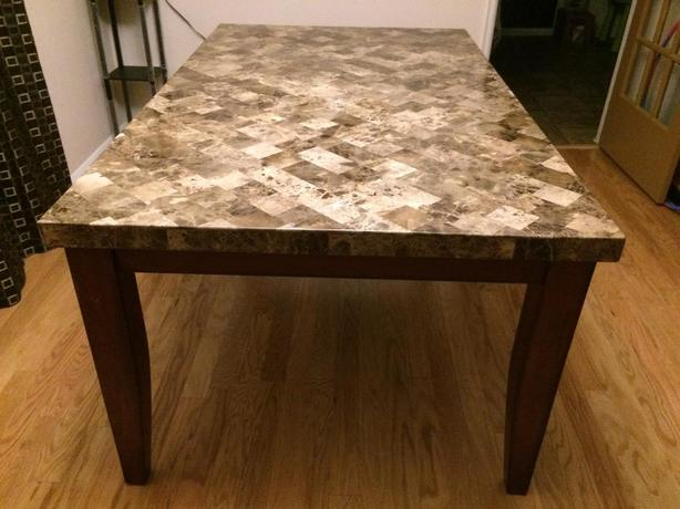 Real Marble dining table in excellent condition Saanich  : 57098035614 from www.usedvictoria.com size 614 x 460 jpeg 41kB