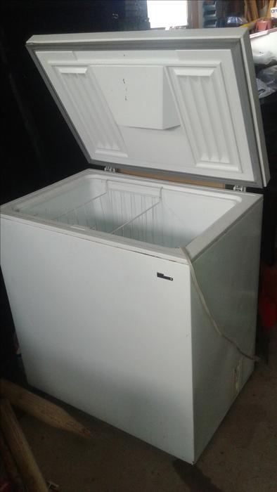 small cube freezer for sale cornwall pei mobile. Black Bedroom Furniture Sets. Home Design Ideas