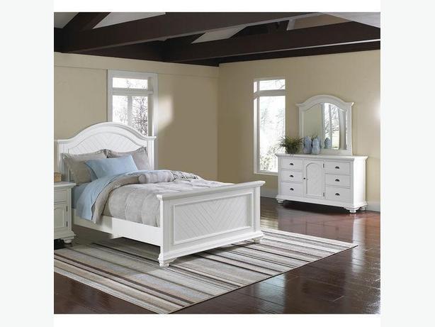 The Brick Brook Off 5 Piese White Queen Bedroom Set West Shore Langford Colwood Metchosin