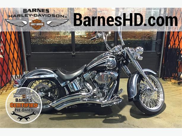 2015 Harley-Davidson® FLSTNSE - CVO™ Softail® Deluxe