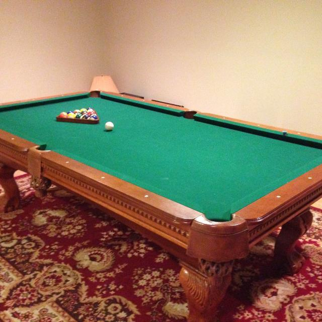 CLAW FOOD POOL TABLE NICE CONDITION West Shore: Langford