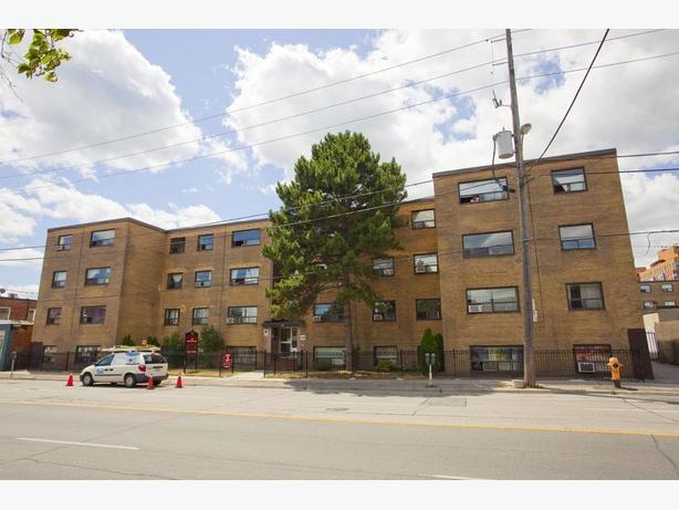 Avail. Mar  Nice  2 bedrooms Etobicoke Islington Apartments