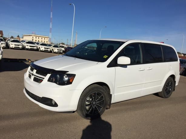 2016 dodge grand caravan r t stock d2682a outside calgary area calgary mobile. Black Bedroom Furniture Sets. Home Design Ideas
