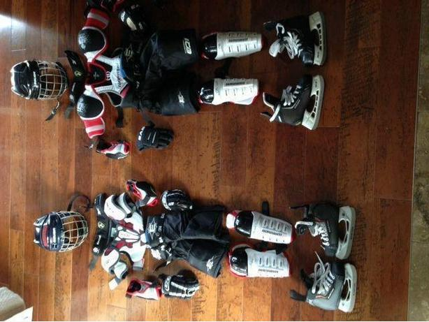 FULL Complete set of Junior hockey Equipment w/Helmet and Skates