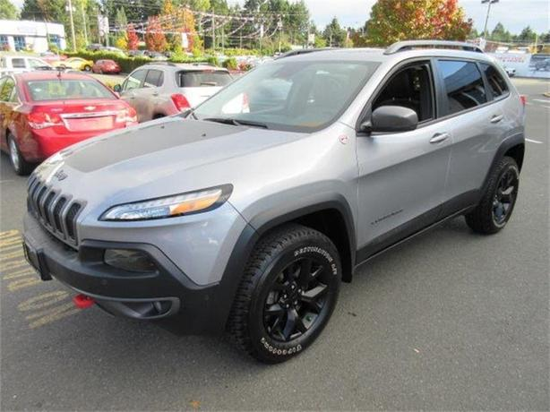 2016 Jeep Cherokee Trailhawk/V6/Navigation/Sunroo