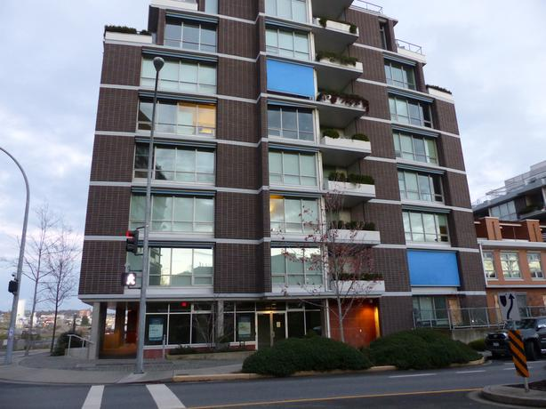 Dockside green waterview condo steps to downtown victoria for 3 kitchener street leeds