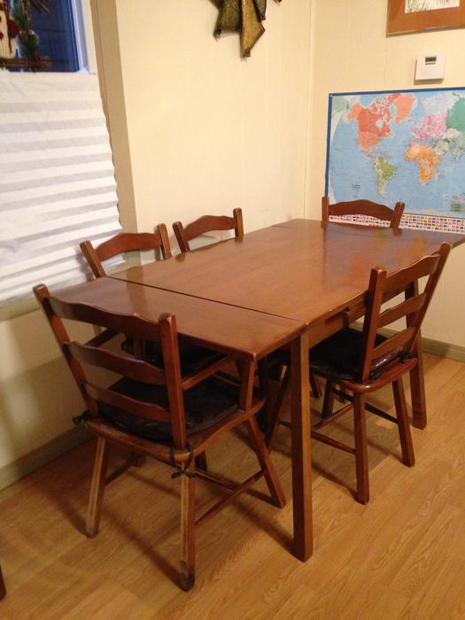 Vilas Dining Room Table And Chairs Central Regina Regina
