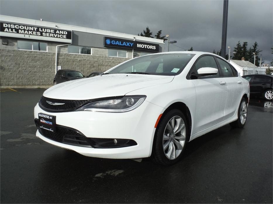2015 Chrysler 200 S Leather Bluetooth Accident Free
