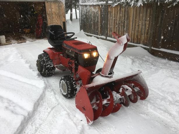 Heavy Duty Toro 20 Hp Garden Tractor With 48 Quot Snowblower