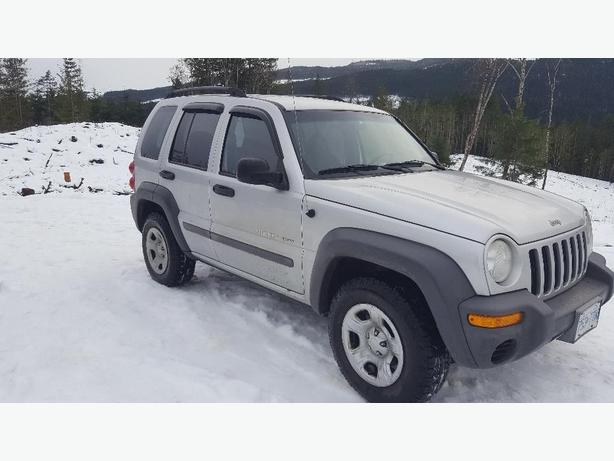 2002 jeep liberty sport 4x4 south nanaimo nanaimo. Black Bedroom Furniture Sets. Home Design Ideas