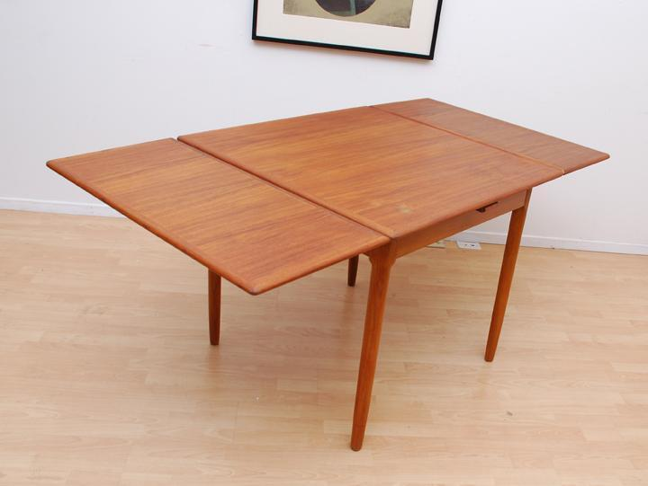 Vintage Mid Century Danish Teak Extension Leaf Dining  : 57276857934 from www.usedvictoria.com size 720 x 541 jpeg 29kB