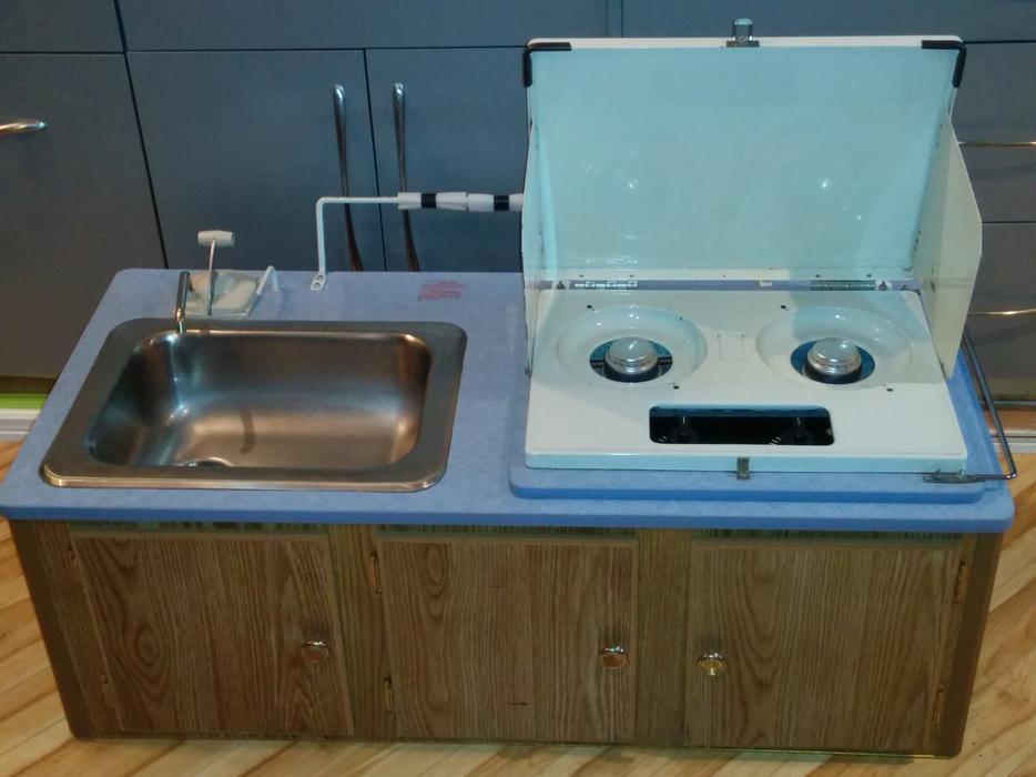 Wedgewood Atwood 2 Burner Stove Sink Combo Saanich Victoria