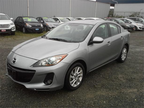 2013 Mazda Mazda3 GS Luxury