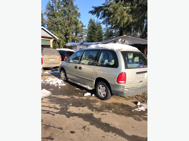 1999 dodge caravan for sale or trade outside victoria. Black Bedroom Furniture Sets. Home Design Ideas