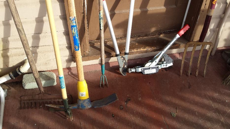 Gardening tools landscaping victoria city victoria for Gardening tools victoria