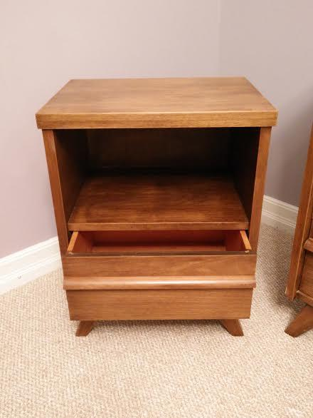 3 Piece Solid Wood Bedroom Furniture Dressers Bedside Table Gloucester Ottawa Mobile