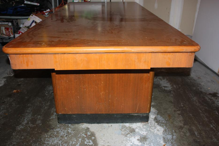Large Custom Table Stittsville Ottawa MOBILE : 57321937934 from www.usedottawa.com size 934 x 622 jpeg 67kB