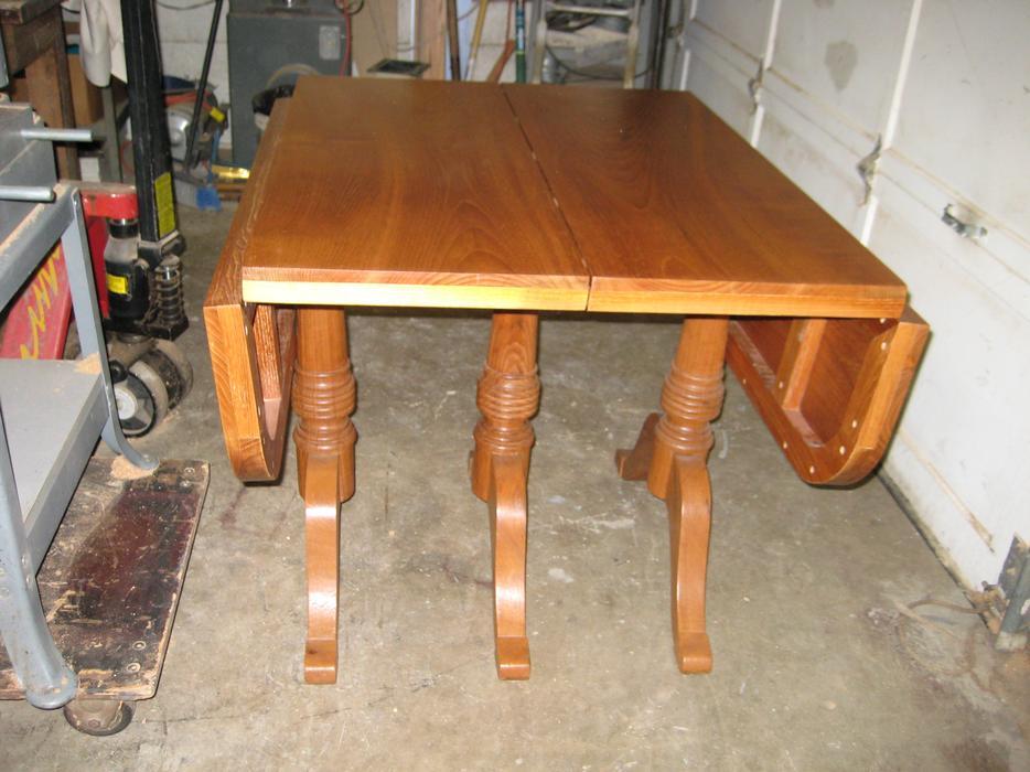 100 solid teak dinner table total 39x68 x 30 h Saanich  : 57326219934 from www.usedvictoria.com size 934 x 700 jpeg 82kB