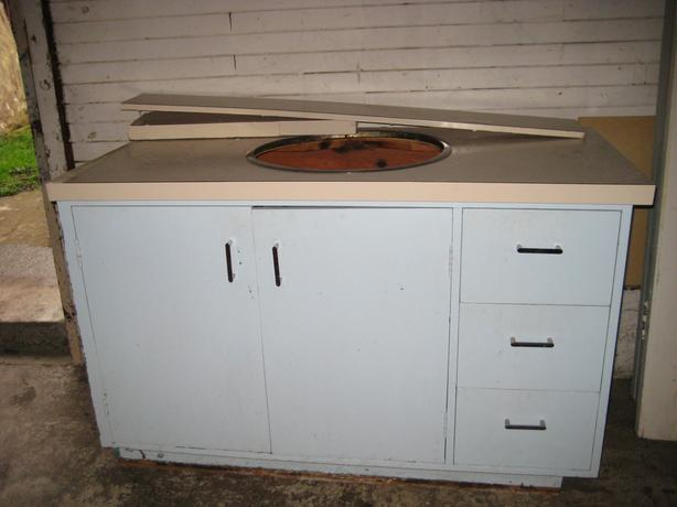 Bathroom Cabinet And Sink In Stronger Condition Victoria