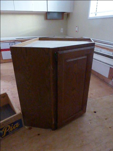 Wood door kitchen cabinets saanich victoria for Kitchen cabinets victoria
