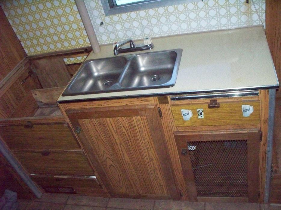 1976 rv kichen cabinets sink malahat including for Kitchen cabinets kamloops