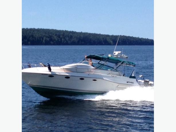 Cruiser Inc motor yacht