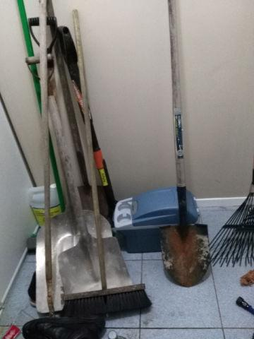 shovels gardening tools rake brooms central ottawa