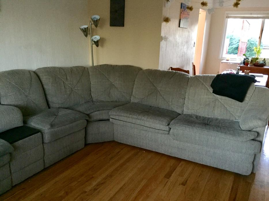 Free Large Comfy Sectional Couch Victoria City Victoria