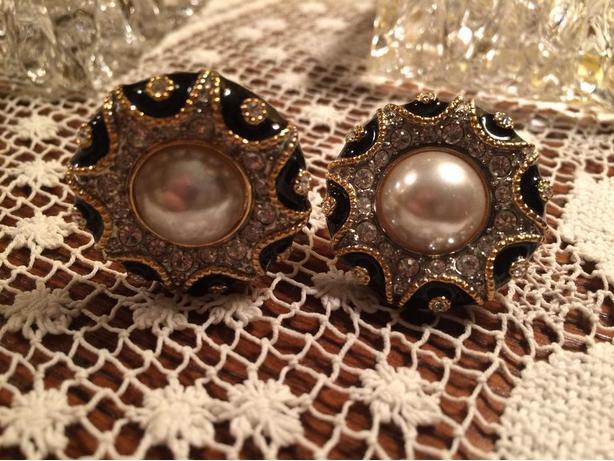 Vintage 'Butler' Clip-On Earrings