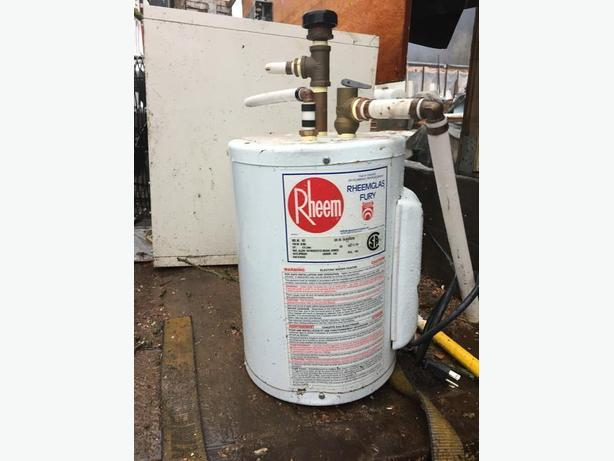 Mini 9 5 litres 2 gallon 110 volt 1440w hot water heater for Used hot water heater