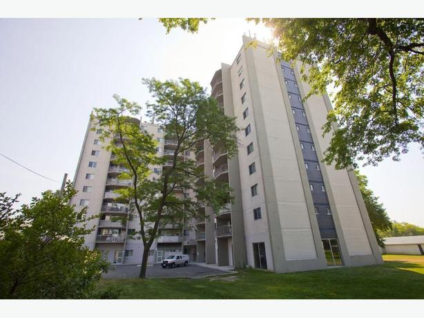 Avail. now Cute  2 bedrooms Etobicoke Evans Apartments