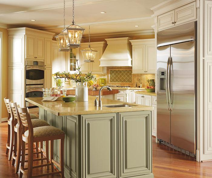 Kitchen Cabinets Chilliwack: New Maple Off White Raised Panel Kitchen Cabinets Kanata