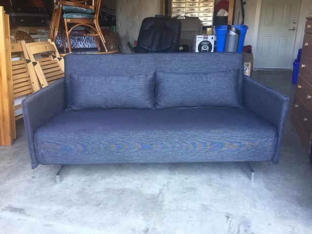 Nood sofa bed like new west shore langford colwood for Sofa bed victoria