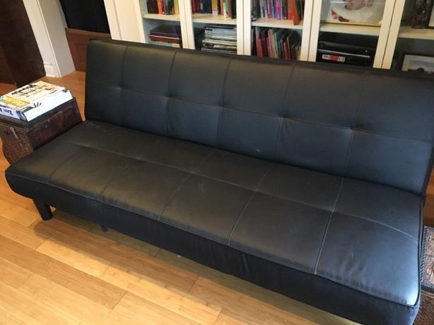 Black sofa bed victoria city victoria for Sofa bed victoria bc