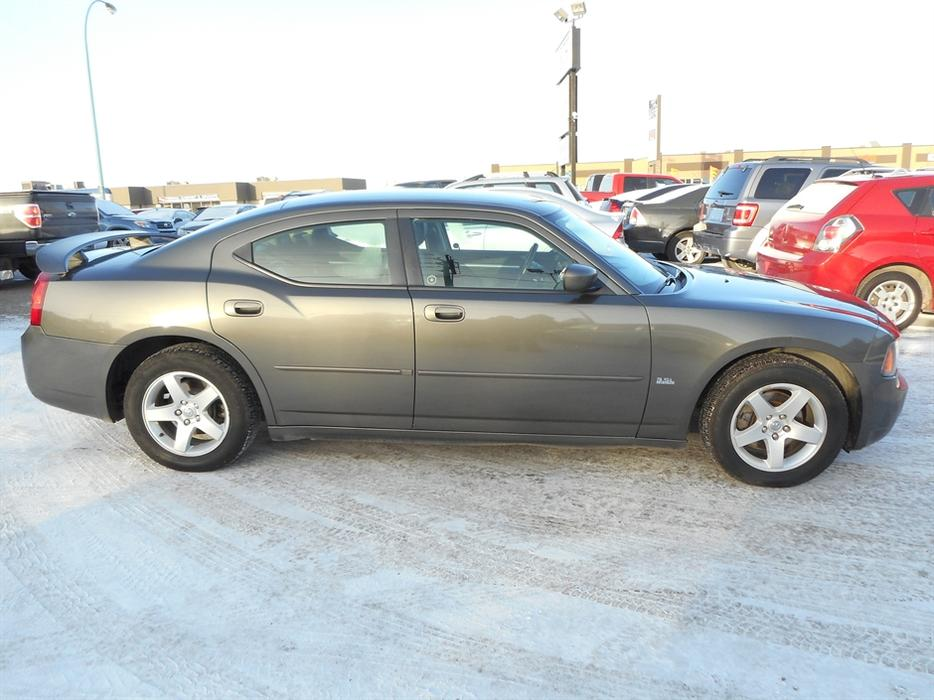 2010 dodge charger sxt east regina regina mobile. Black Bedroom Furniture Sets. Home Design Ideas